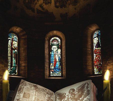 Uriel: storia dell'arcangelo guida