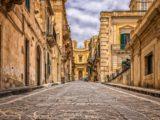 Le città italiane dove si ricercano di più le escort