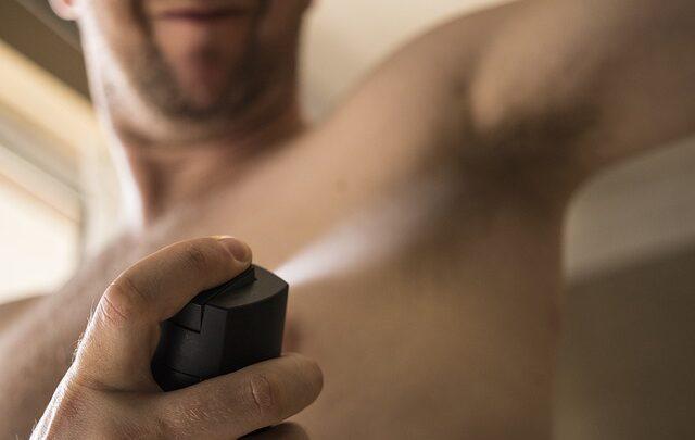 Benessere della pelle: l'importanza di usare deodoranti senza alcool e sali di alluminio