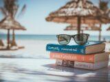 Mal di testa e occhiali da lettura: perché succede?
